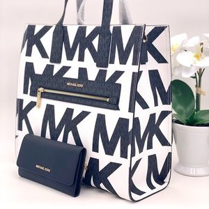 Michael Kors Kenly Large Tote and Wallet Set